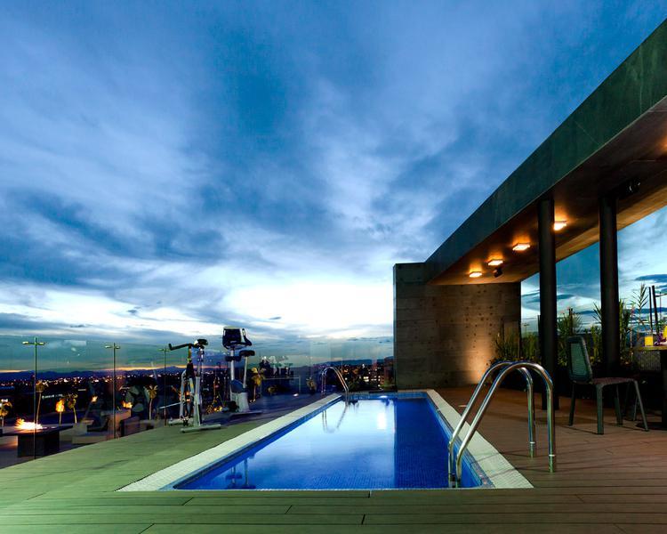 Pool ESTELAR Parque de la 93 Hotel